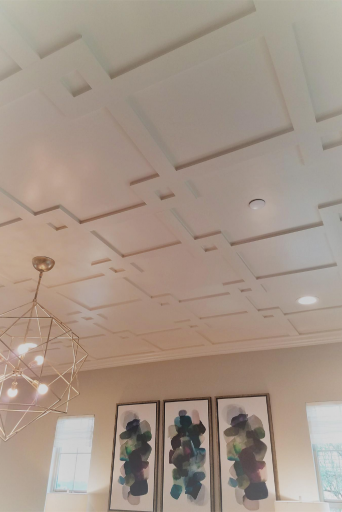Decorative ceiling with moldings