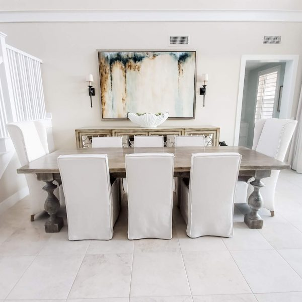 Light and bright dining room-Design by Sally Soricelli, Nestorations
